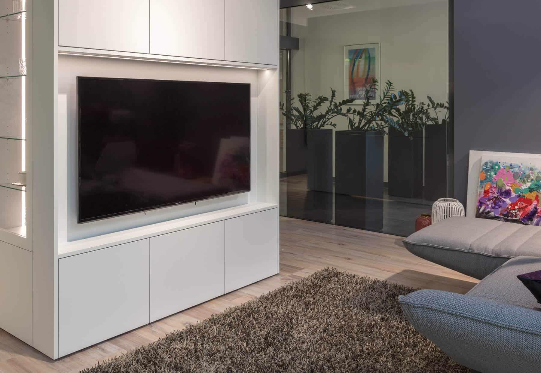 TV Schrank Einbaumöbel